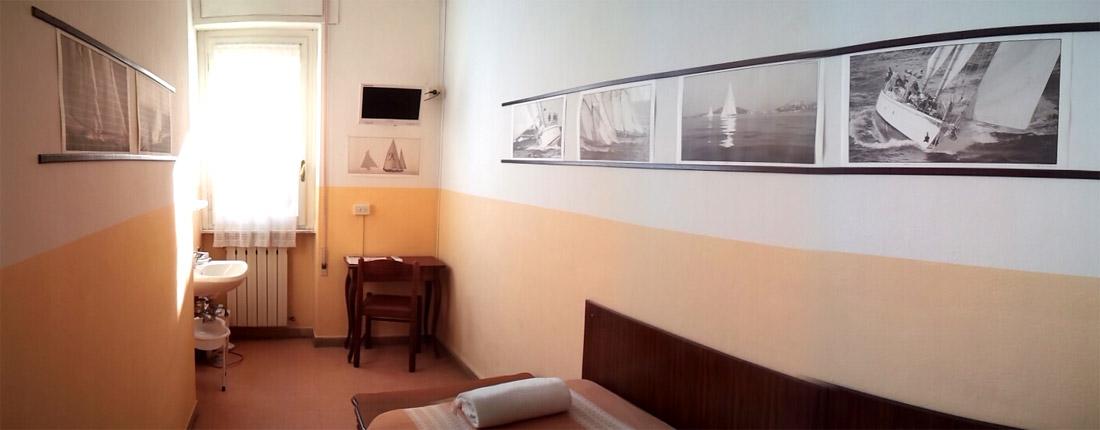 Camera singola hotel ely 2 stelle a viareggio - Bagno viareggio tariffe ...